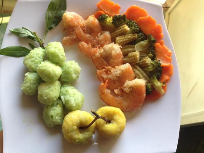 Học lỏm mẹ Việt cách trang trí món ăn dặm cho con đầy màu sắc - Ảnh 7.