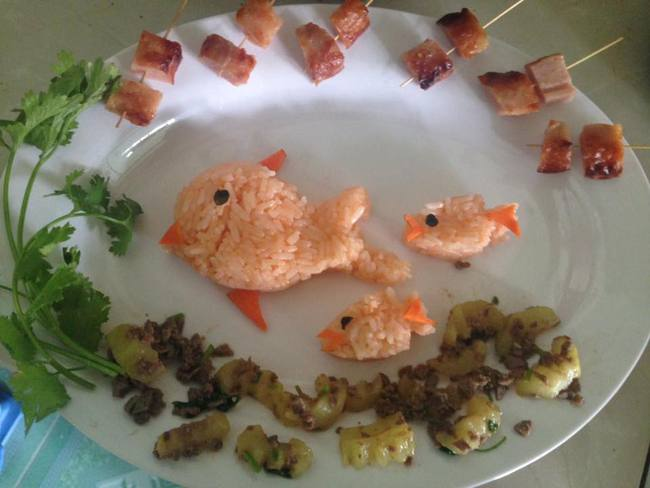Học lỏm mẹ Việt cách trang trí món ăn dặm cho con đầy màu sắc - Ảnh 13.