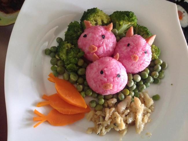 Học lỏm mẹ Việt cách trang trí món ăn dặm cho con đầy màu sắc - Ảnh 16.