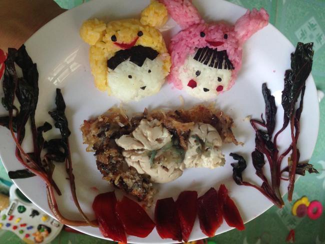 Học lỏm mẹ Việt cách trang trí món ăn dặm cho con đầy màu sắc - Ảnh 26.
