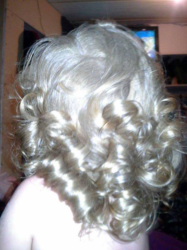 Mới 7 tháng tuổi cậu bé này đã sở hữu mái tóc dài như ngôi sao nhạc rock - Ảnh 16.