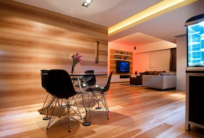 Ghé thăm căn hộ cao cấp vô cùng sang chảnh với sự kết hợp hài hoà giữa gỗ và ánh sáng - Ảnh 1.