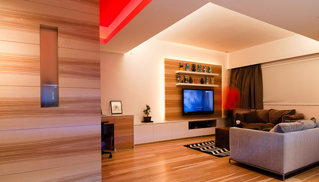 Ghé thăm căn hộ cao cấp vô cùng sang chảnh với sự kết hợp hài hoà giữa gỗ và ánh sáng - Ảnh 2.