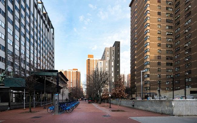 Căn hộ chung cư có diện tích chỉ khoảng 16m² nhưng không thiếu một khu vực chức năng nào mà lại còn đẹp đến ngẩn ngơ - Ảnh 9.