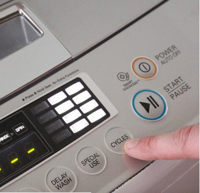 Làm sạch máy giặt định kỳ không cần nhờ thợ với 4 bước đơn giản - Ảnh 3.