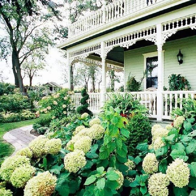 Mách bạn cách trang trí khu vườn trước nhà xinh và ngọt ngào như trong các bộ phim truyền hình lãng mạn - Ảnh 8.