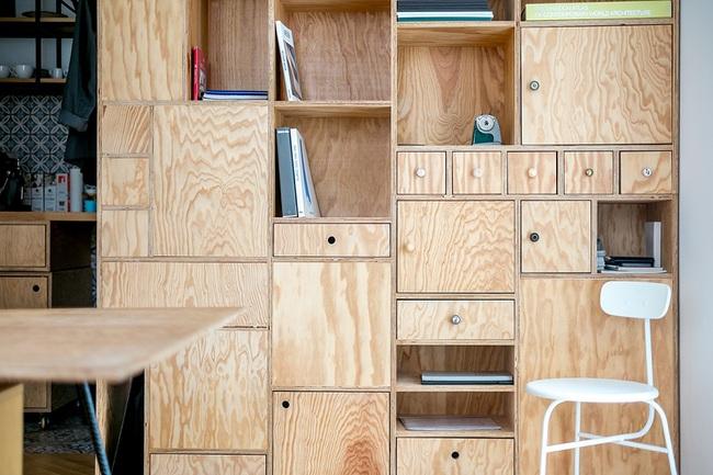 Lấy nội thất gỗ làm điểm nhấn, ngôi nhà này được đánh giá là cực hiện đại và tinh tế - Ảnh 9.