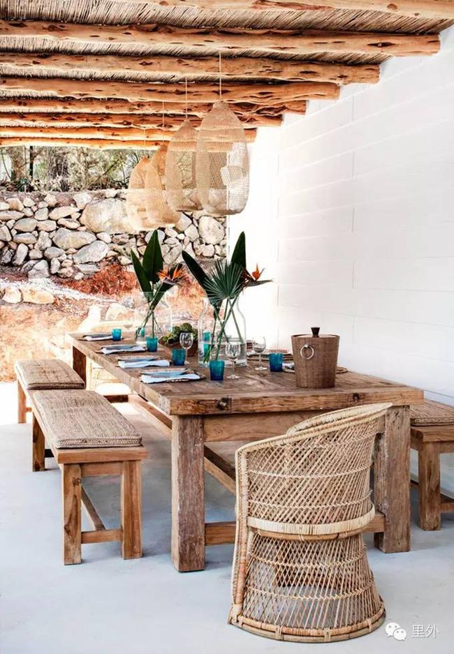 24 mẫu bàn ghế xinh yêu cho khu vực ăn uống và nghỉ ngơi ngoài trời - Ảnh 12.