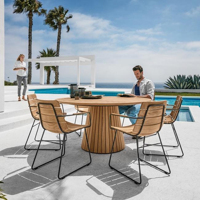24 mẫu bàn ghế xinh yêu cho khu vực ăn uống và nghỉ ngơi ngoài trời - Ảnh 19.