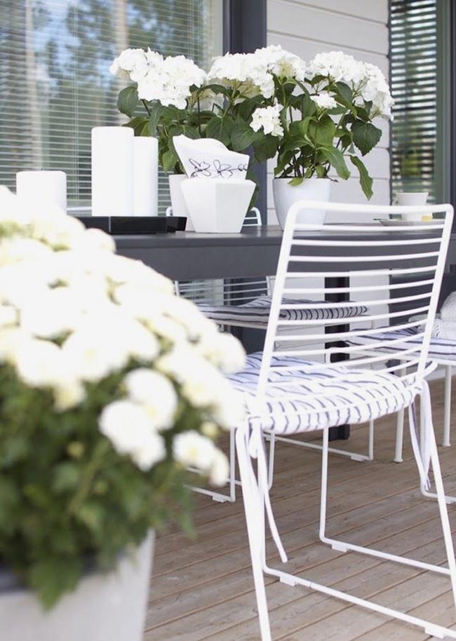 24 mẫu bàn ghế xinh yêu cho khu vực ăn uống và nghỉ ngơi ngoài trời - Ảnh 20.