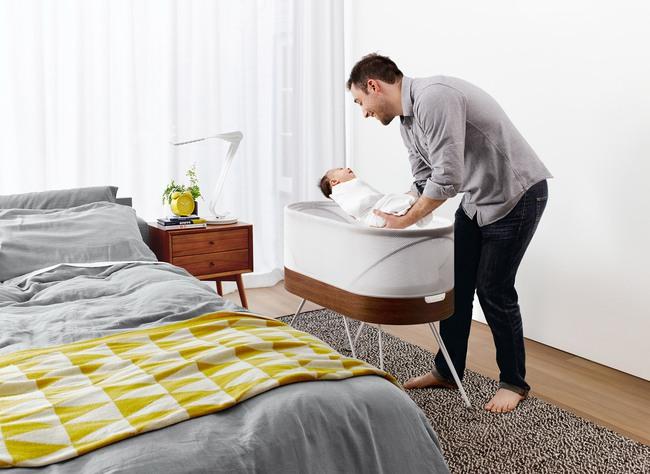 Có chiếc giường cũi SNOO, bố mẹ chẳng cần ru con vẫn ngủ ngon lành - Ảnh 4.
