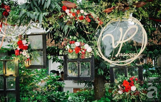Cặp đôi Hà Thành trang trí tiệc cưới sân vườn với sắc đỏ đẹp như một giấc mơ về hạnh phúc - Ảnh 13.