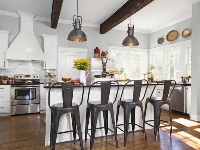 Bàn ăn dáng dài kết hợp chất liệu gạch đá, kỉ nguyên mới cho những nhà bếp theo phong cách hiện đại - Ảnh 3.