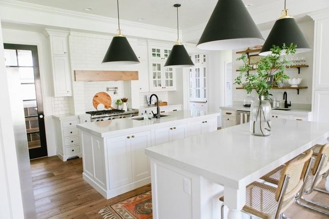 Bàn ăn dáng dài kết hợp chất liệu gạch đá, kỉ nguyên mới cho những nhà bếp theo phong cách hiện đại - Ảnh 4.