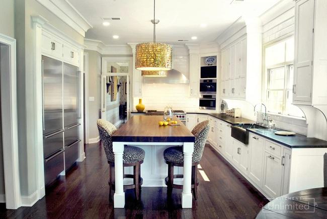 Bàn ăn dáng dài kết hợp chất liệu gạch đá, kỉ nguyên mới cho những nhà bếp theo phong cách hiện đại - Ảnh 12.