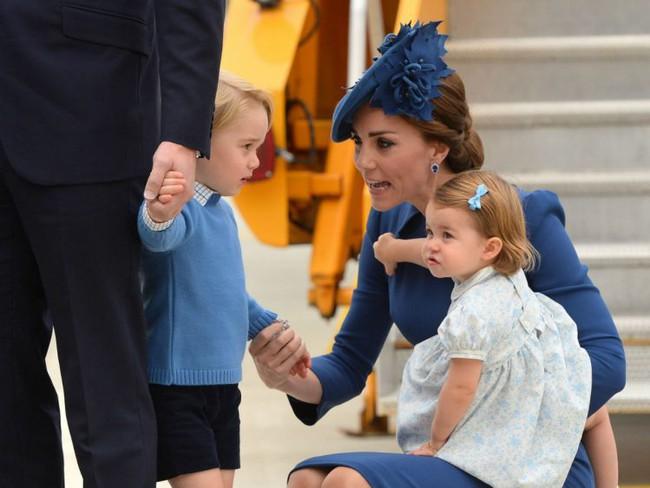 Bất ngờ trước cách dạy con của cặp đôi Hoàng gia William và Kate Middleton - Ảnh 1.
