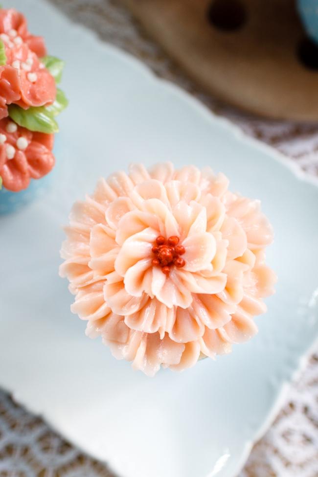 Xem cận cảnh cách bắt bông kem bơ Hàn Quốc đang hot và học cách làm cực đơn giản mà đẹp mê - Ảnh 9.
