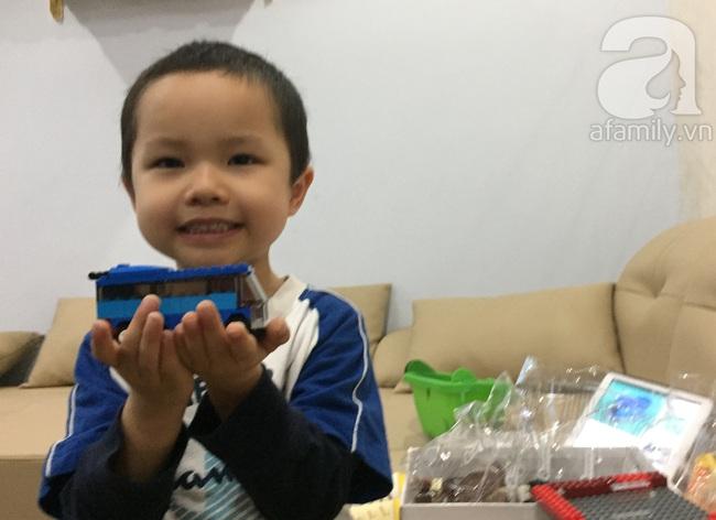 Khám phá bộ đồ chơi Lego classic từ bé 4 tuổi tới... cụ 99 tuổi đều thích - Ảnh 1.