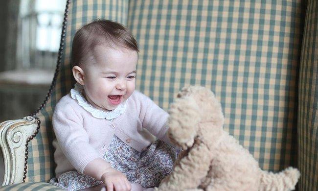 Bất ngờ trước cách dạy con của cặp đôi Hoàng gia William và Kate Middleton - Ảnh 4.