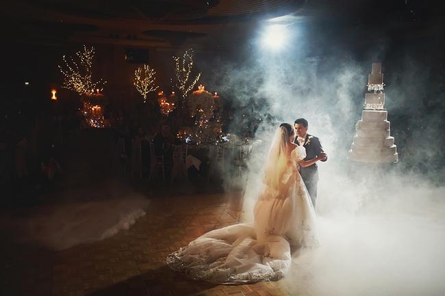 Đừng choáng khi xem những đám cưới chất chơi hiếm có của các cặp đôi lắm tiền nhiều của này - Ảnh 19.