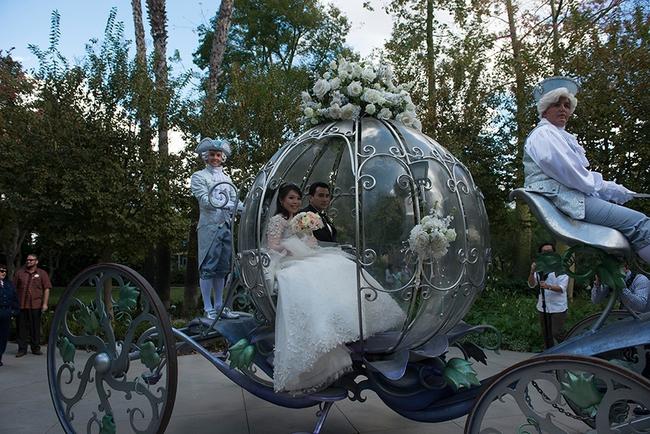 Đừng choáng khi xem những đám cưới chất chơi hiếm có của các cặp đôi lắm tiền nhiều của này - Ảnh 14.