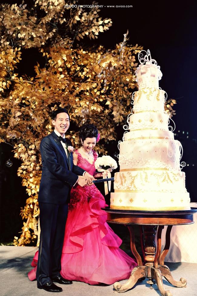 Đừng choáng khi xem những đám cưới chất chơi hiếm có của các cặp đôi lắm tiền nhiều của này - Ảnh 30.