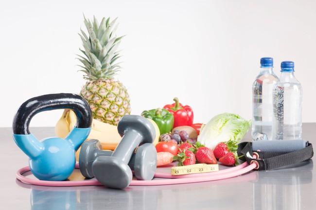 Nếu bạn ăn uống điều độ và tập thể dục đều đặn mà vẫn không giảm cân được, thì đây có thể là lí do - Ảnh 2.