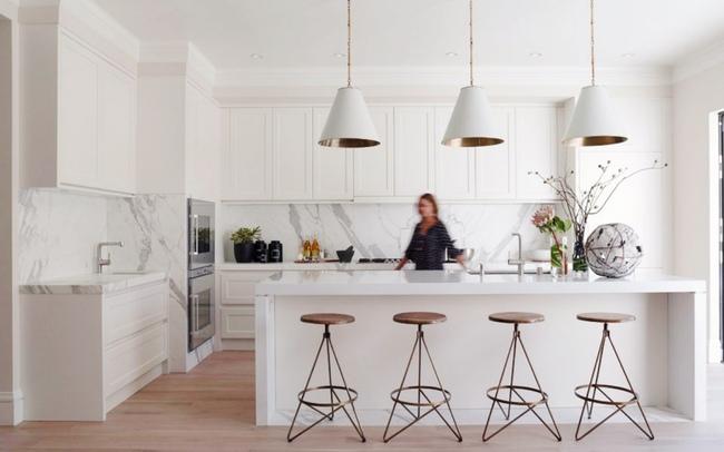 15 căn bếp hiện đại với sắc trắng tinh tế và vô cùng bắt mắt - Ảnh 12.