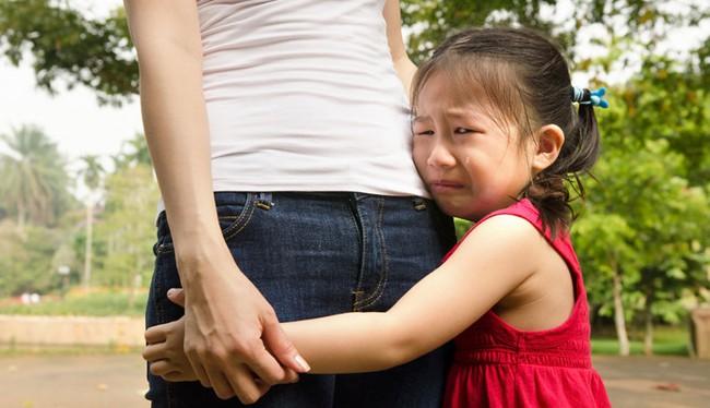 Bố mẹ cần tôn trọng cả nỗi sợ của con! - Ảnh 2.