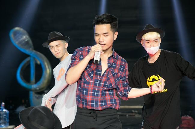 Nhận vé vớt từ khán giả, Phạm Hồng Phước trở lại Sing my song - Ảnh 2.