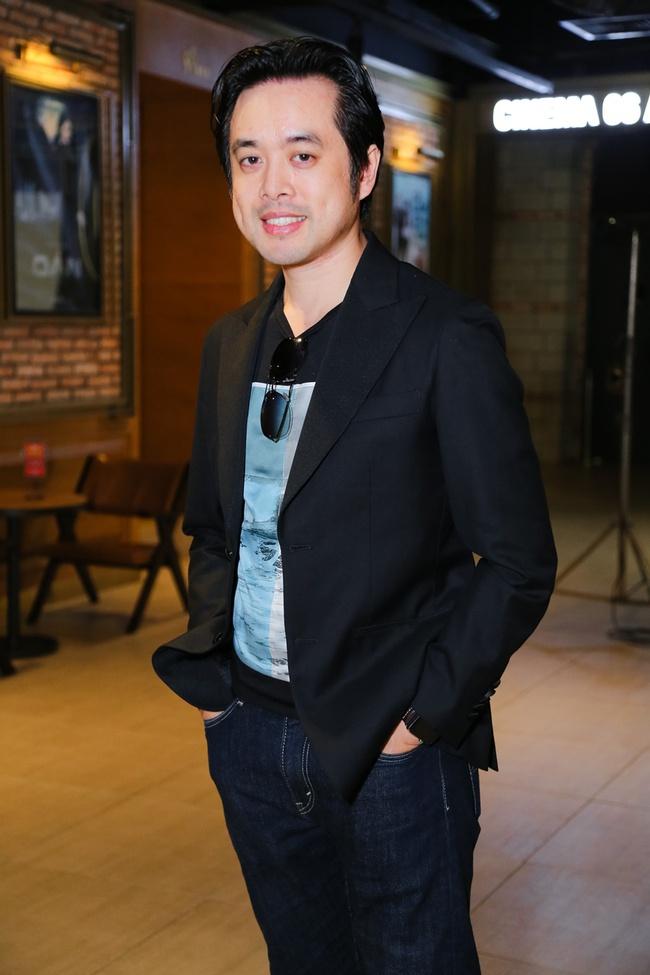 Học trò Lưu Thiên Hương chân băng bó, đi xe lăn đến họp báo gây bất ngờ - Ảnh 8.