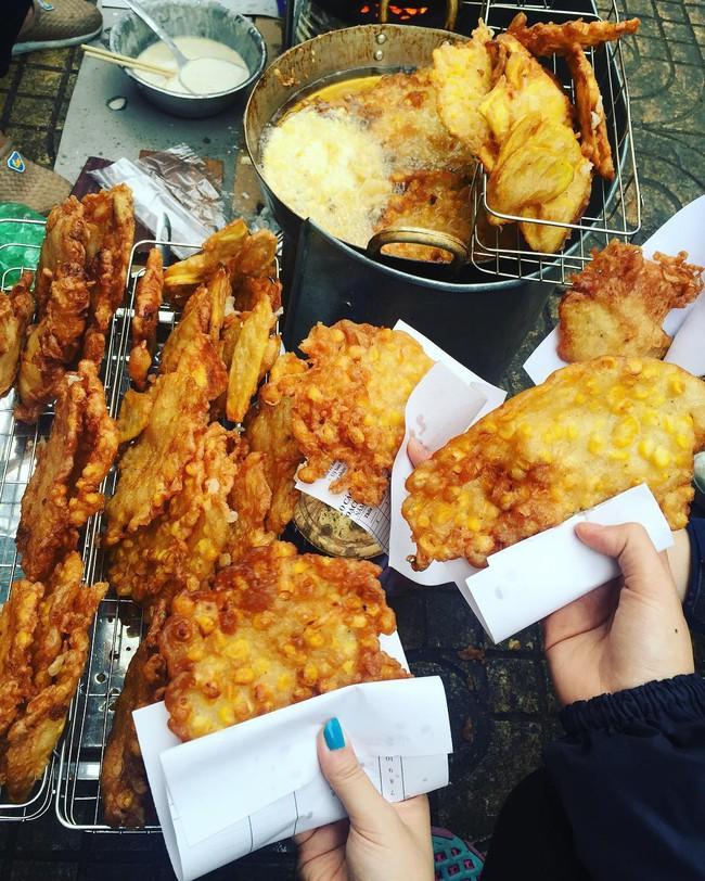 8 món ăn vặt kinh điển ngon nhất khi thưởng thức vào mùa lạnh ở Hà Nội - Ảnh 5.