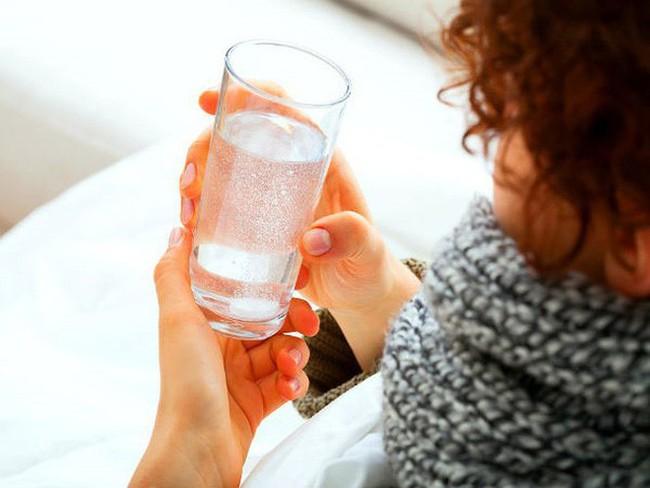 Những cảnh báo về sức khỏe khi tiết nhiều nước bọt - Ảnh 8.