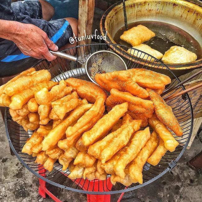8 món ăn vặt kinh điển ngon nhất khi thưởng thức vào mùa lạnh ở Hà Nội - Ảnh 4.