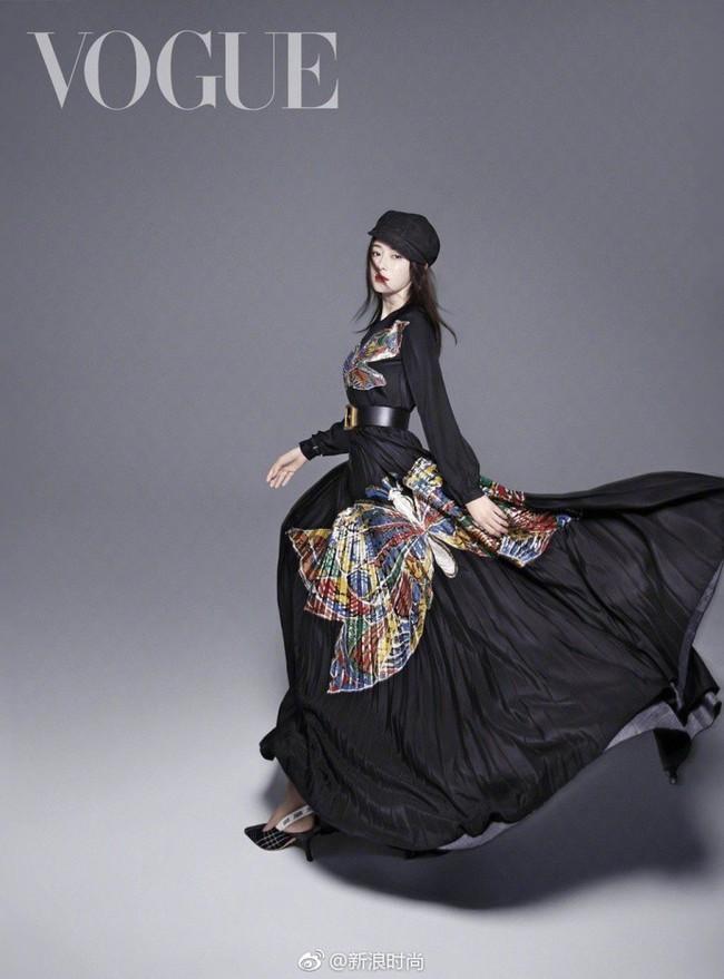 Hai nàng Phú Sát Hoàng Hậu đụng độ nhan sắc trên bìa tạp chí: Tần Lam - Đổng Khiết ai hơn ai? - Ảnh 12.