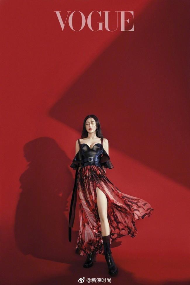 Hai nàng Phú Sát Hoàng Hậu đụng độ nhan sắc trên bìa tạp chí: Tần Lam - Đổng Khiết ai hơn ai? - Ảnh 8.