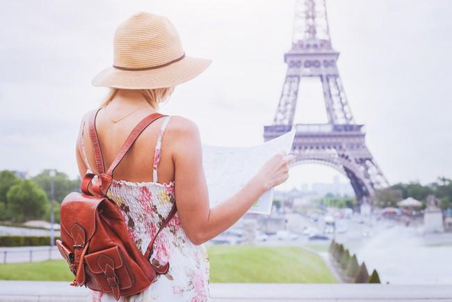 8 điều nên luôn ghi nhớ khi du lịch ở kinh đô ánh sáng của thế giới - Ảnh 1.