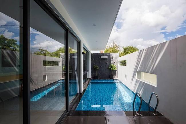 Ngôi nhà có tầm nhìn thẳng ra sông Sài Gòn với thiết kế mộc mạc nhưng sự tiện nghi thì không chê vào đâu được - Ảnh 7.