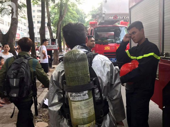 Cháy trong căn hộ chung cư HH Linh Đàm, Hà Nội - Ảnh 8.