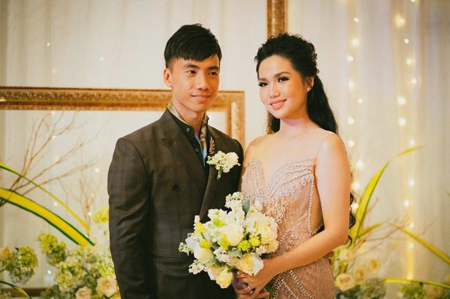 Cặp đôi chịu chơi dành cả thanh xuân bay từ Jeju đến Paris để chụp ảnh và bày thành quả đặc biệt trong tiệc cưới - Ảnh 14.