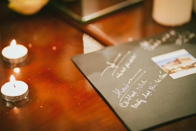 Cặp đôi chịu chơi dành cả thanh xuân bay từ Jeju đến Paris để chụp ảnh và bày thành quả đặc biệt trong tiệc cưới - Ảnh 8.