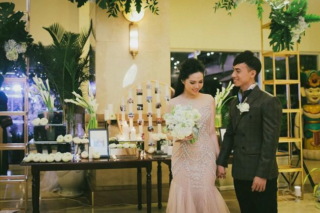 Cặp đôi chịu chơi dành cả thanh xuân bay từ Jeju đến Paris để chụp ảnh và bày thành quả đặc biệt trong tiệc cưới - Ảnh 12.