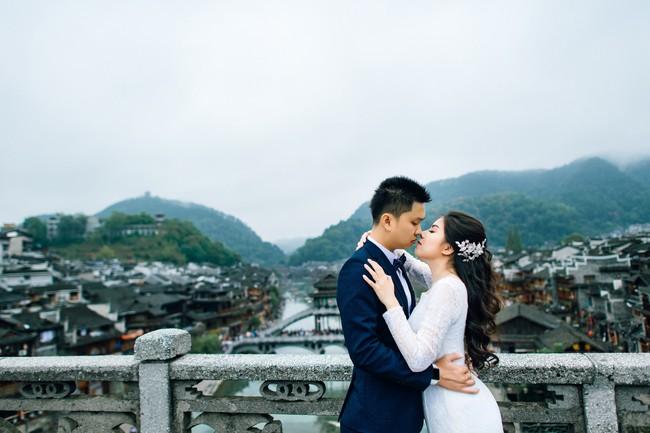 Nhờ chăm chỉ chơi game mà cặp đôi này khởi đầu từ số 0 đến bộ ảnh Phượng Hoàng cổ trấn đẹp mê người - Ảnh 12.