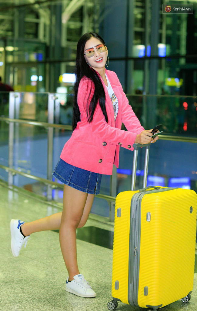 Là Hoa hậu nhưng Trần Tiểu Vy vẫn một mực trung thành với món đồ từ thời còn là nữ sinh này - Ảnh 4.