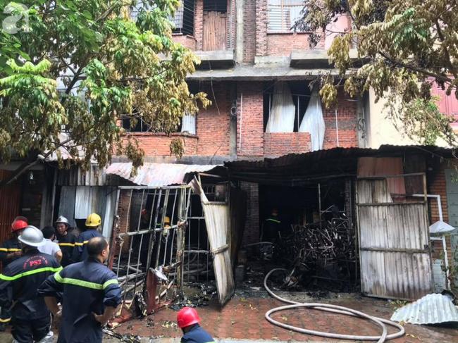 Vụ cháy xưởng sofa tại biệt thự ở KĐT Trung Văn: 1 người tử vong, 4 người bị thương - Ảnh 3.