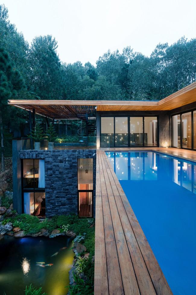 Căn biệt thự gỗ đẹp như bước ra từ phim Hàn Quốc nằm cách Hà Nội chỉ hơn 1 giờ lái xe - Ảnh 14.