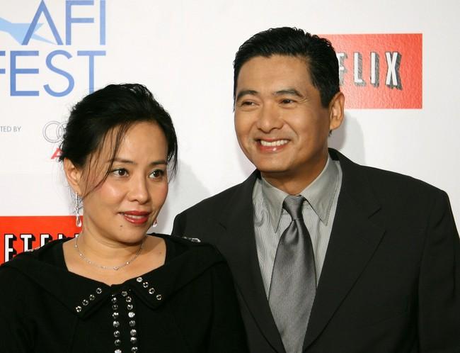 Hơn 30 năm vợ chồng không con cái, Châu Nhuận Phát tuyên bố từ thiện toàn bộ gia sản 16.000 tỷ đồng - Ảnh 1.