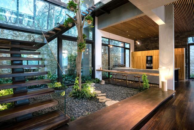 Căn biệt thự gỗ đẹp như bước ra từ phim Hàn Quốc nằm cách Hà Nội chỉ hơn 1 giờ lái xe - Ảnh 3.