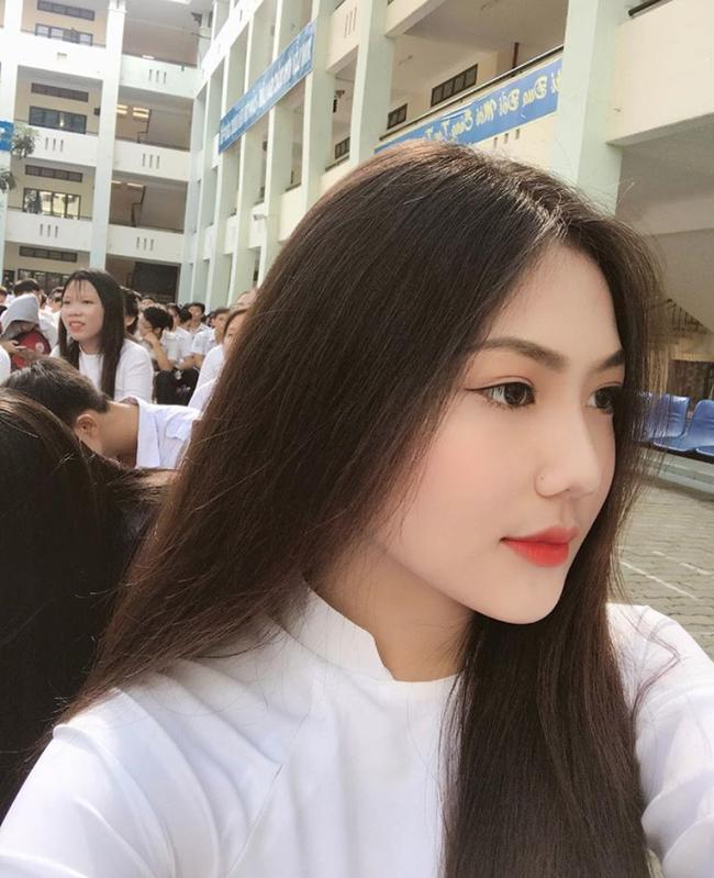 Nữ sinh Sài Gòn sinh năm 2002 được đặt tên là Triệu Vy vì mẹ mê Hoàn Châu Cách Cách - Ảnh 5.