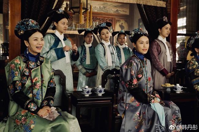 Rảnh rỗi như Du Phi - Trương Quân Ninh: Khi không có gì làm, đi chụp ảnh dạo khắp trường quay Như Ý truyện - Ảnh 5.